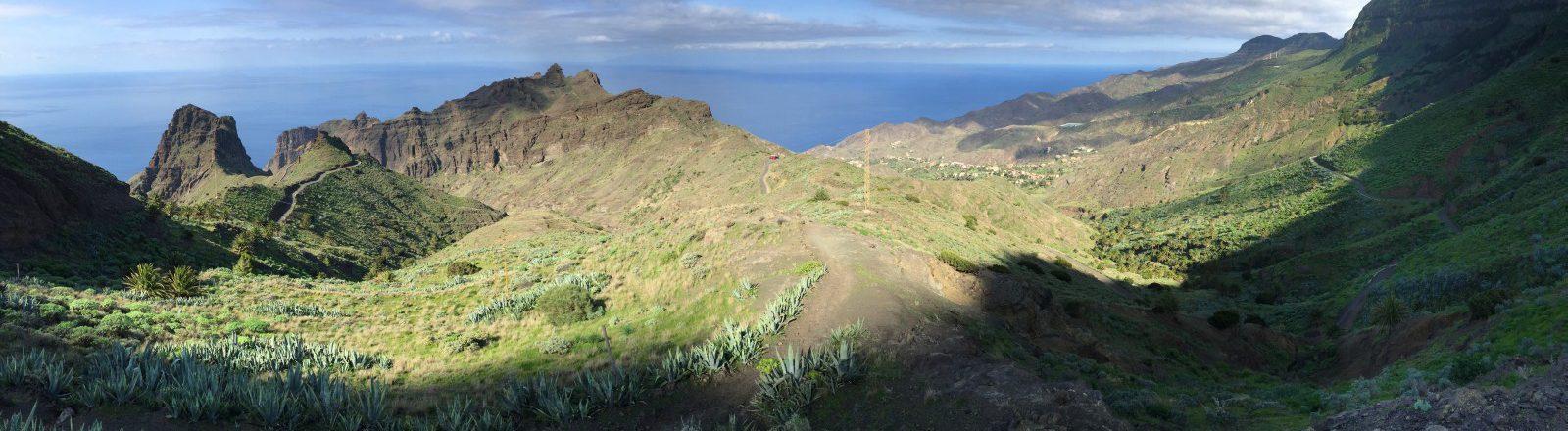 Amplia vista hacia Alojera